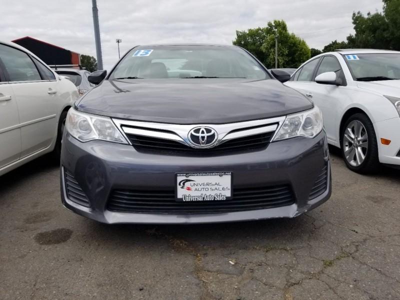 Toyota Camry 2013 price $10,669