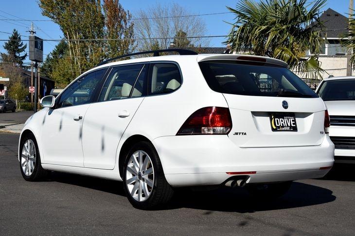 Volkswagen Jetta SportWagen 2014 price $10,000