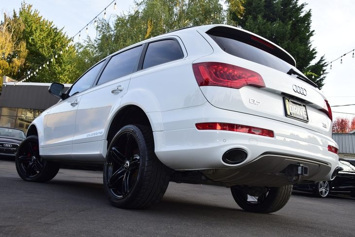 Audi Q7 2015 price $50,000