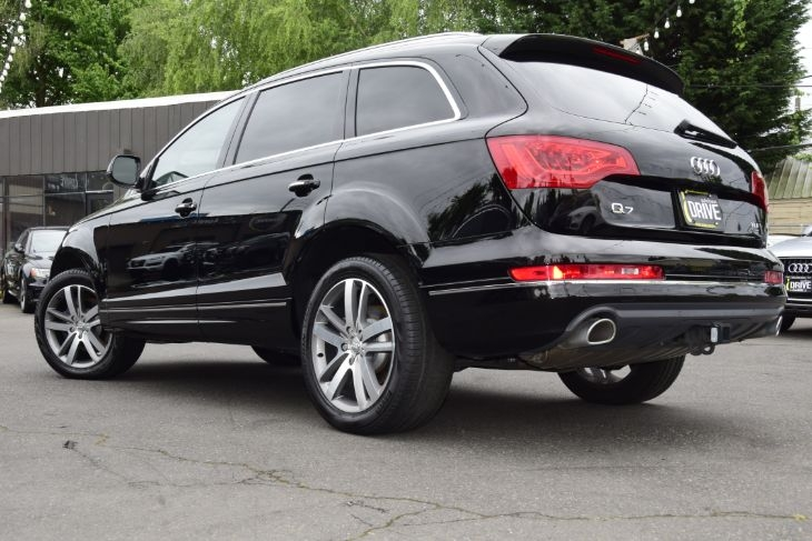 Audi Q7 2015 price $35,000