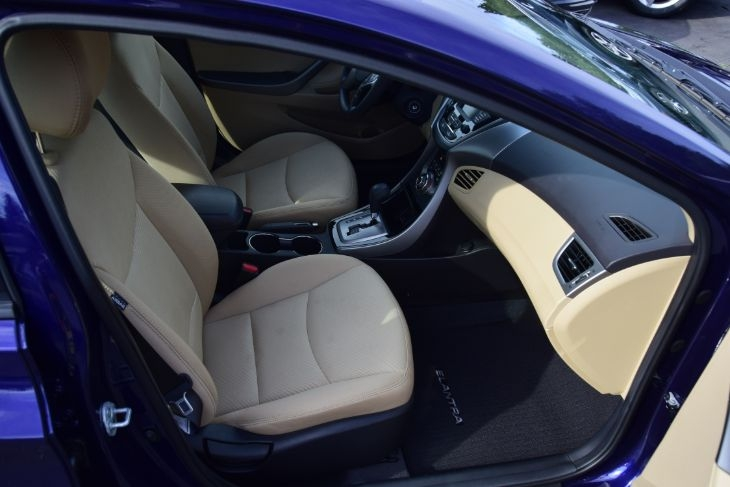 Hyundai Elantra 2013 price $10,000