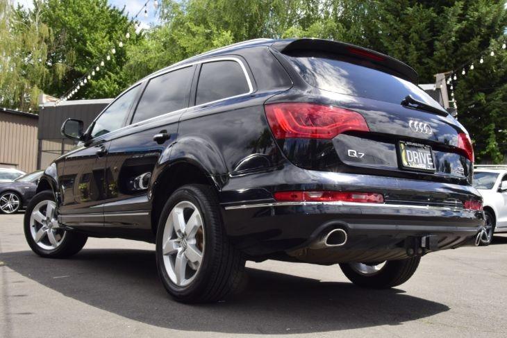 Audi Q7 2015 price $27,000