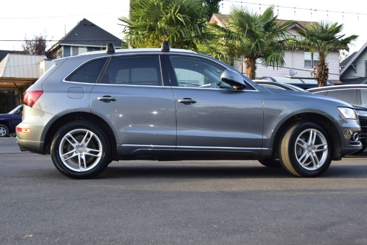 Audi Q5 2016 price $24,000