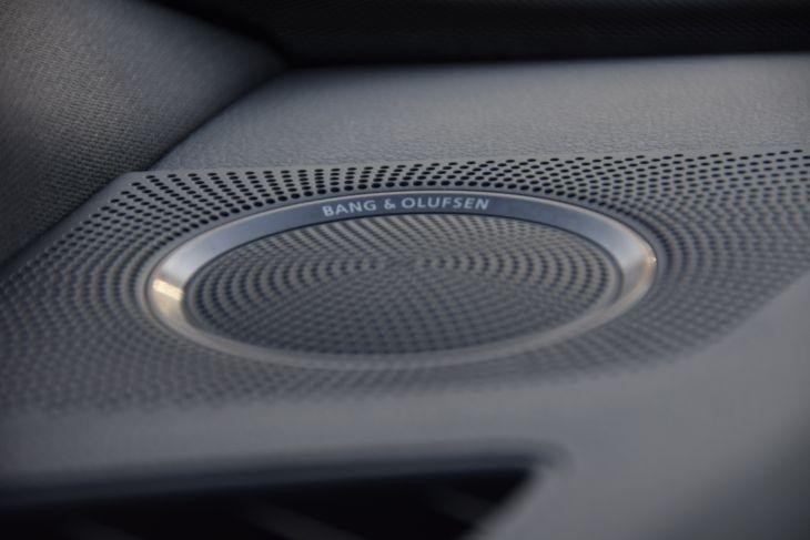 Audi Q5 2016 price $40,000