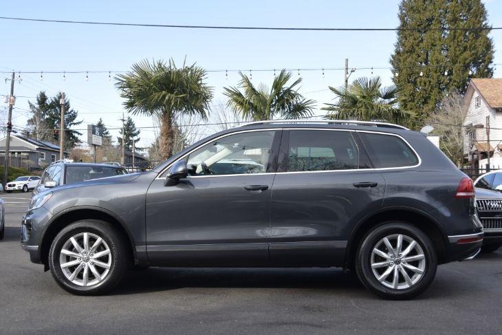 Volkswagen Touareg 2016 price $34,000