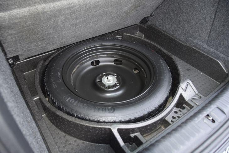 Volkswagen Tiguan 2013 price $10,000