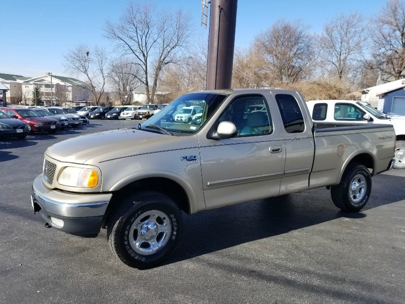 2000 ford f 150 supercab 139 4wd lariat 94autohaus auto dealership in st charles missouri. Black Bedroom Furniture Sets. Home Design Ideas