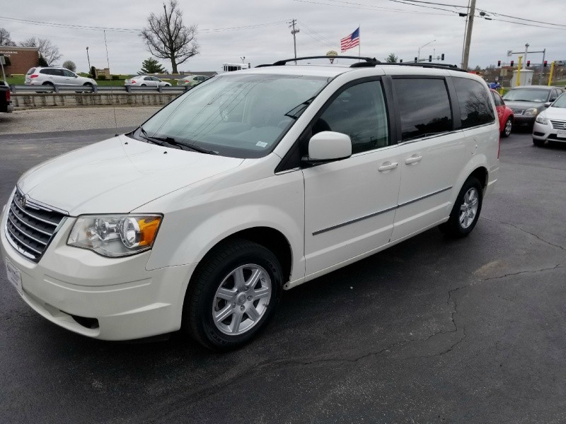 2010 Chrysler Town  U0026 Country 4dr Wgn Touring 94autohaus