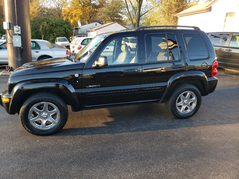 Jeep Liberty 2004 price $3,995