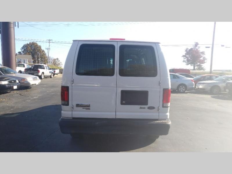 Ford Econoline Cargo Van 2011 price $6,995