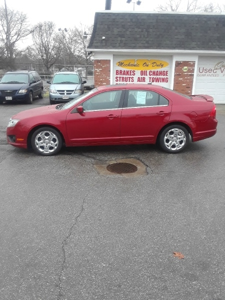 Ford Fusion 2010 price $4,399