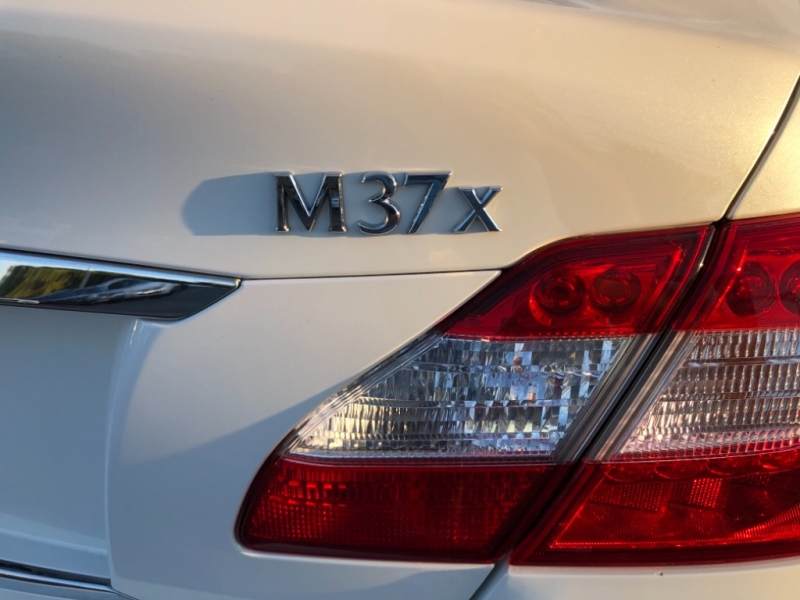 Infiniti M 37 2011 price $8,998