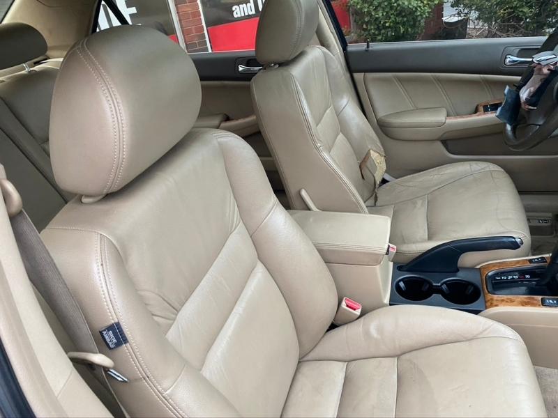 Honda Accord 2004 price $3,750