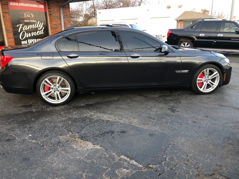 BMW 7-Series 2011 price $12,998