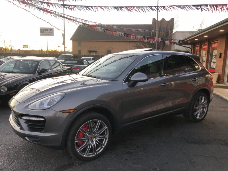 Porsche Cayenne 2011 price $21,998