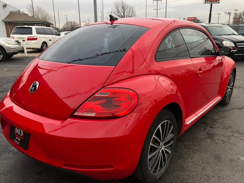 Volkswagen Beetle 2014 price $9,995