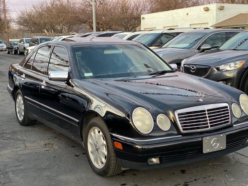 Mercedes-Benz E Class 1999 price $3,500