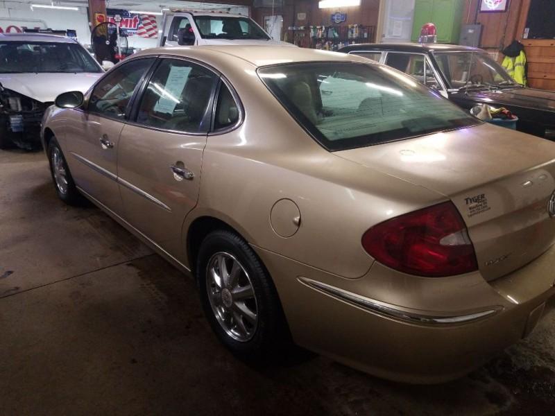 Buick LACROSSE 2005 price $3,495