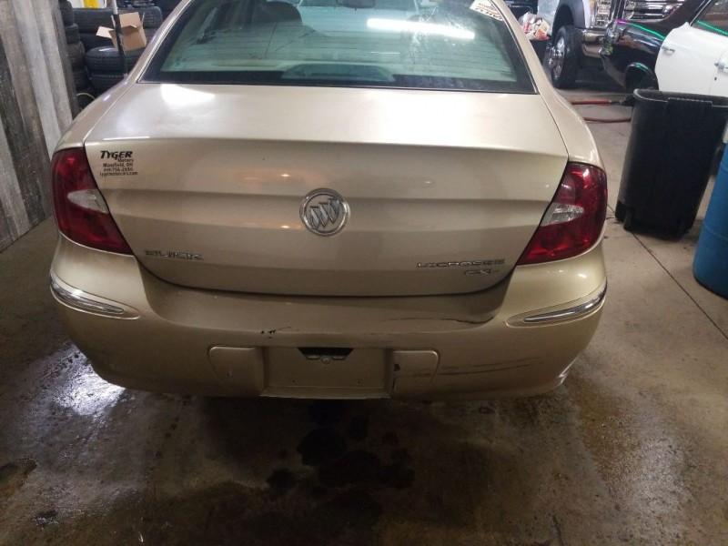 Buick LACROSSE 2005 price $2,995