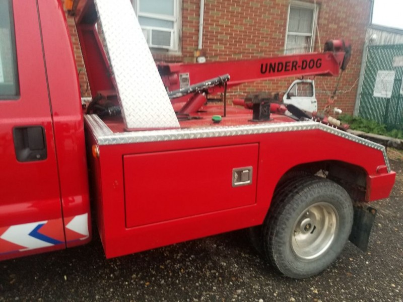 FORD F350 WRECKER 2010 price $16,995