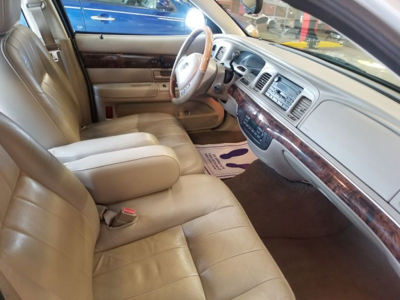 MERCURY GRAND MARQUIS 2004 price $3,295