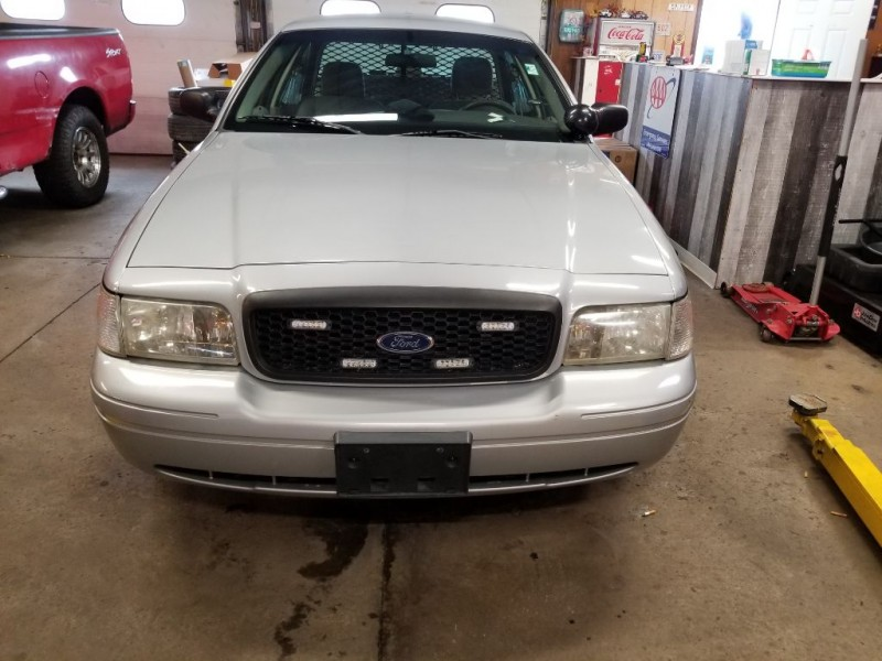 FORD CROWN VICTORIA 2007 price $3,995