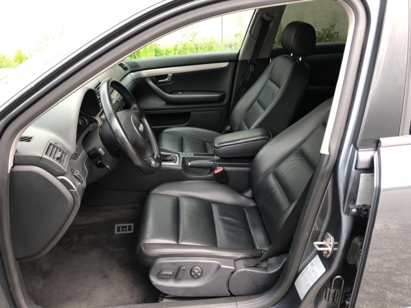 AUDI A4 2004 price $3,900