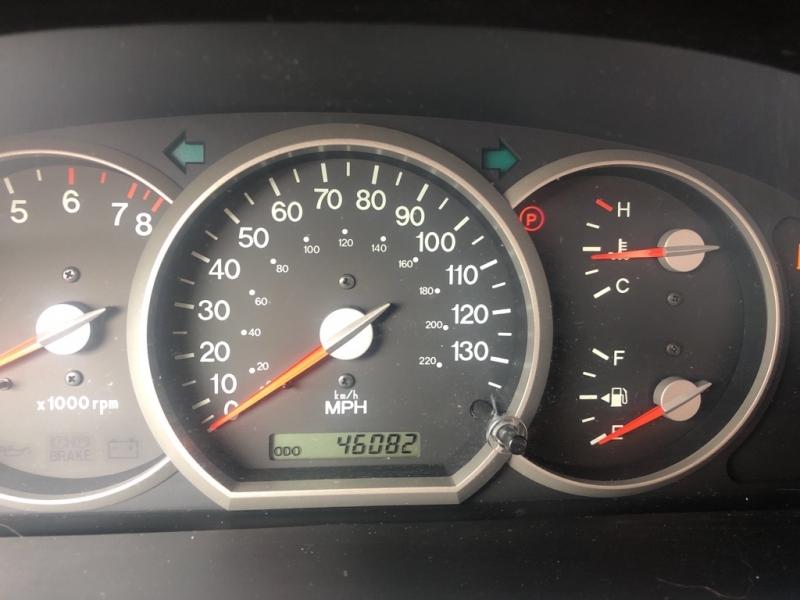 KIA SEDONA 2005 price $4,900