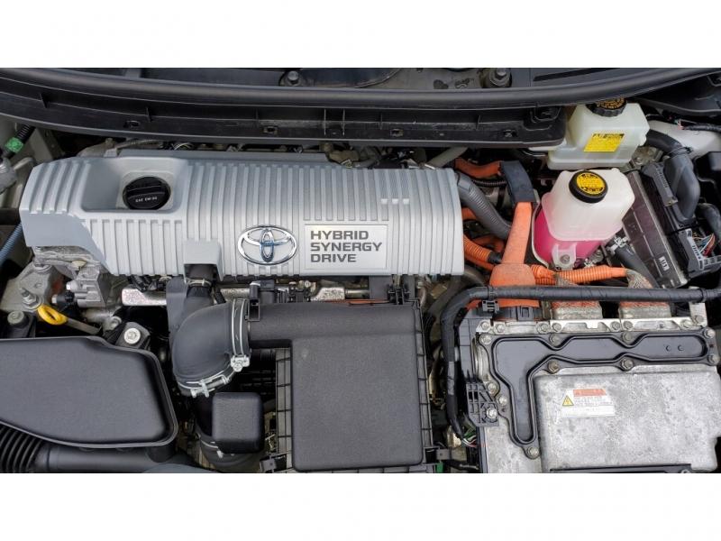 Toyota Prius 2010 price $10,800