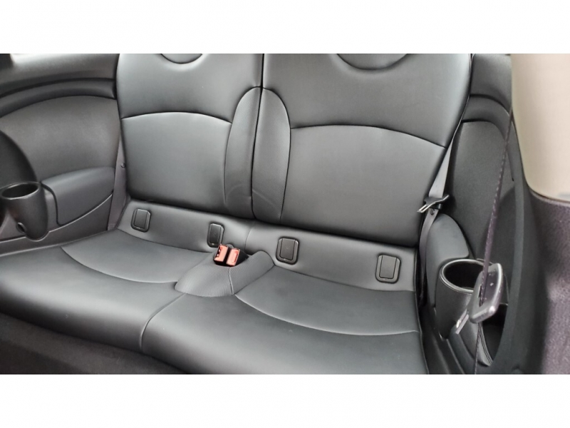 Mini Cooper Clubman 2011 price $7,450