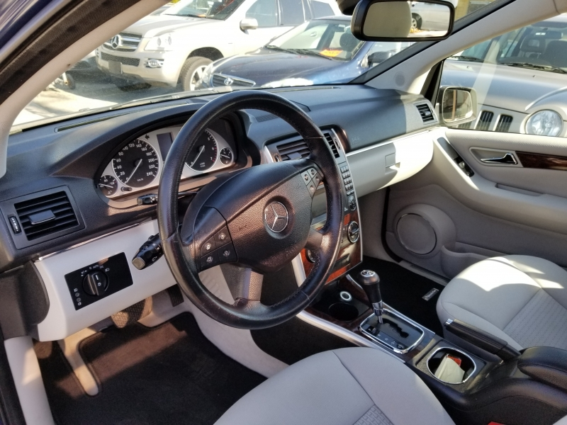 Mercedes-Benz B200 2009 price $4,950