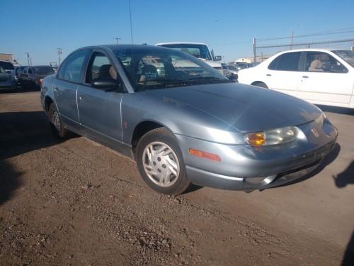 Saturn SL 2002 price $700