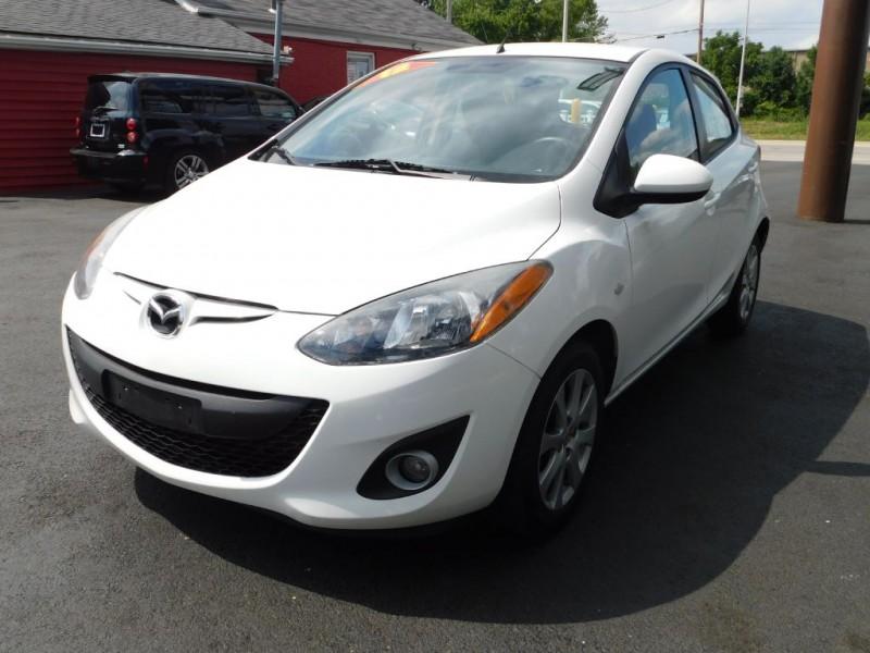 Mazda 2 2012 price $4,851