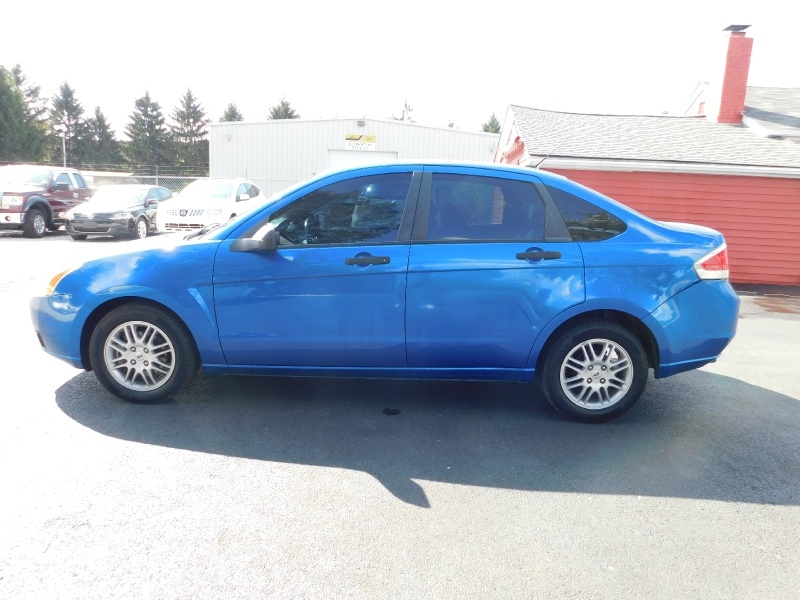 Ford Focus 2010 price $4,994