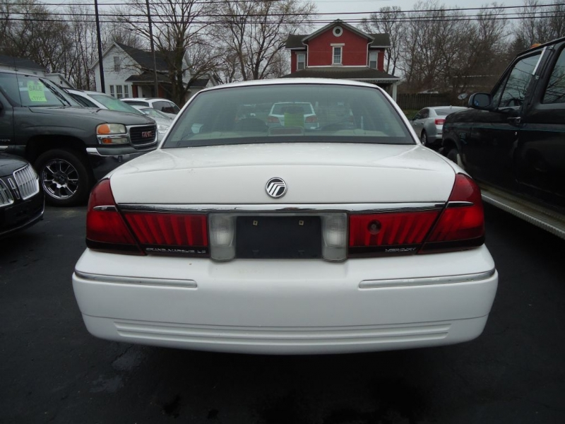 MERCURY GRAND MARQUIS 2002 price $2,995