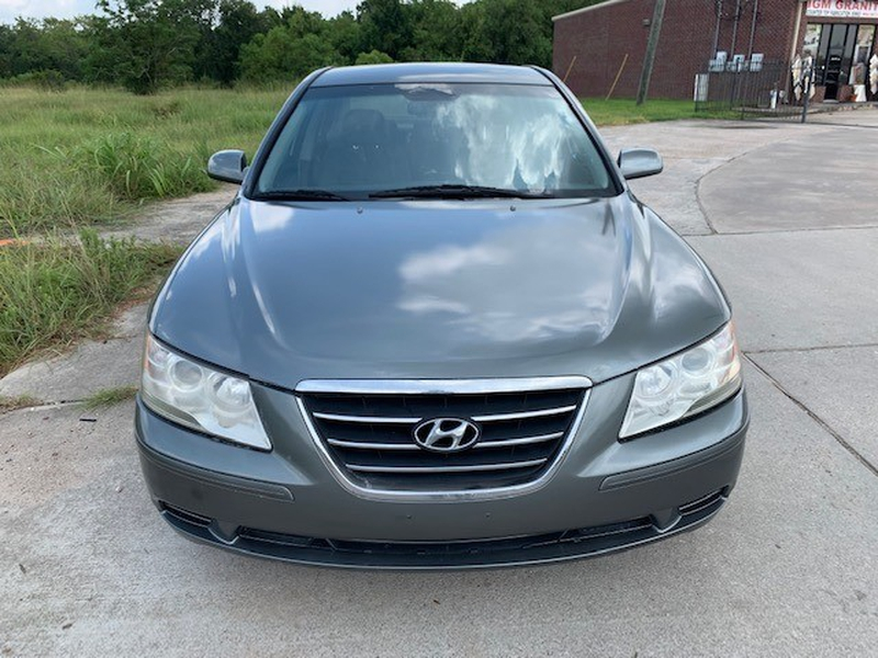 Hyundai Sonata 2009 price $2,699