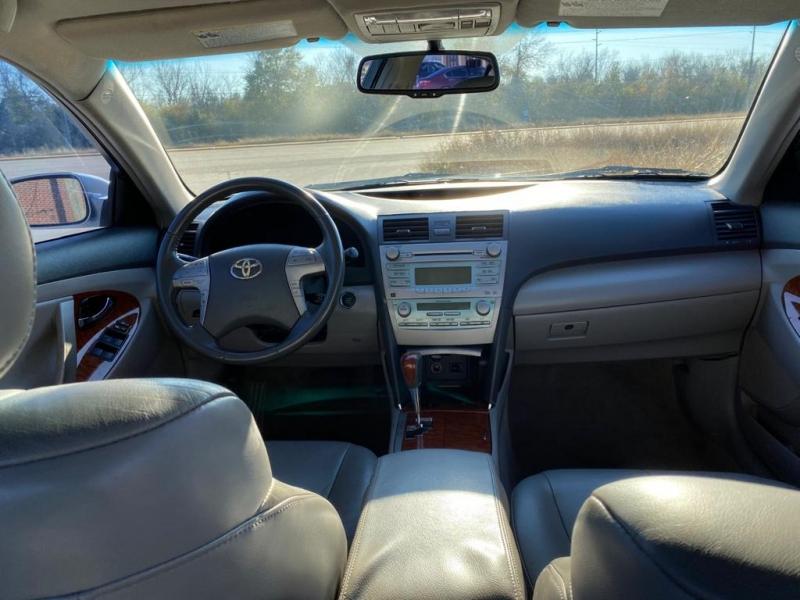 Toyota Camry 2009 price $4,600