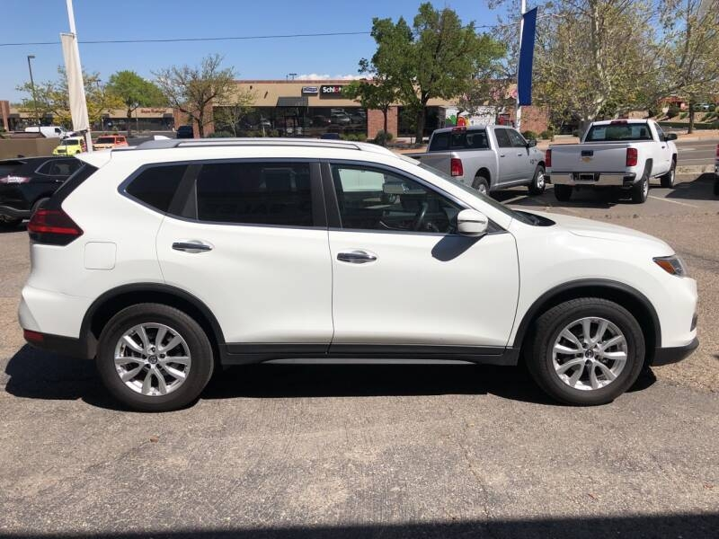 Nissan Rogue 2017 price $19,495