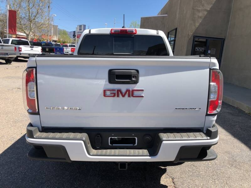 GMC Canyon 2017 price $33,995