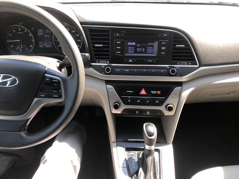 Hyundai Elantra 2018 price $13,495