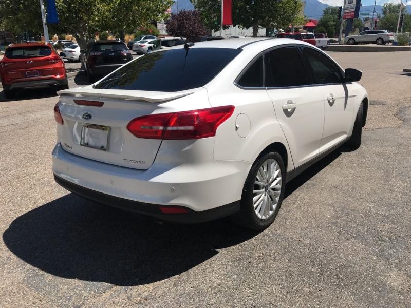 Ford Focus 2018 price $15,995