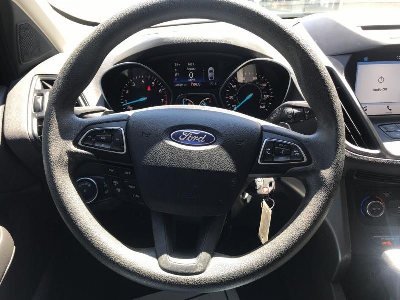Ford Escape 2017 price $16,495