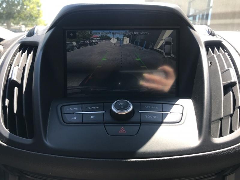 Ford Escape 2019 price $19,995