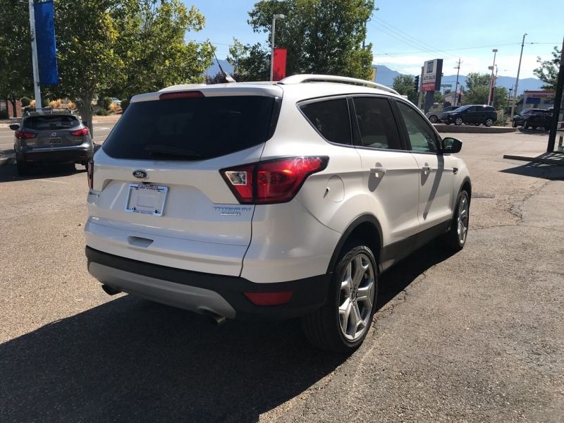 Ford Escape 2019 price $23,995