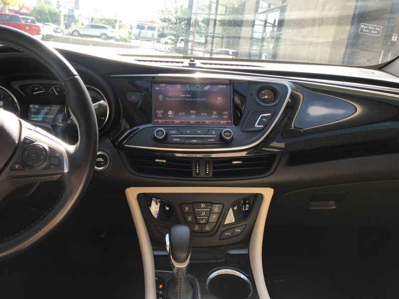 Buick Envision 2017 price $22,995