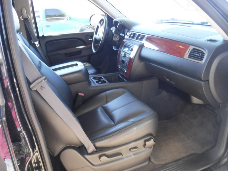 Chevrolet Tahoe 2012 price $19,997