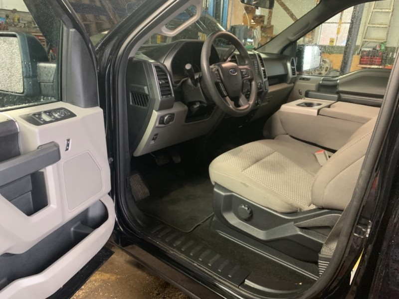 Ford F-150 2018 price $32,825