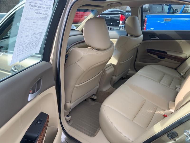Honda Accord 2009 price $10,150