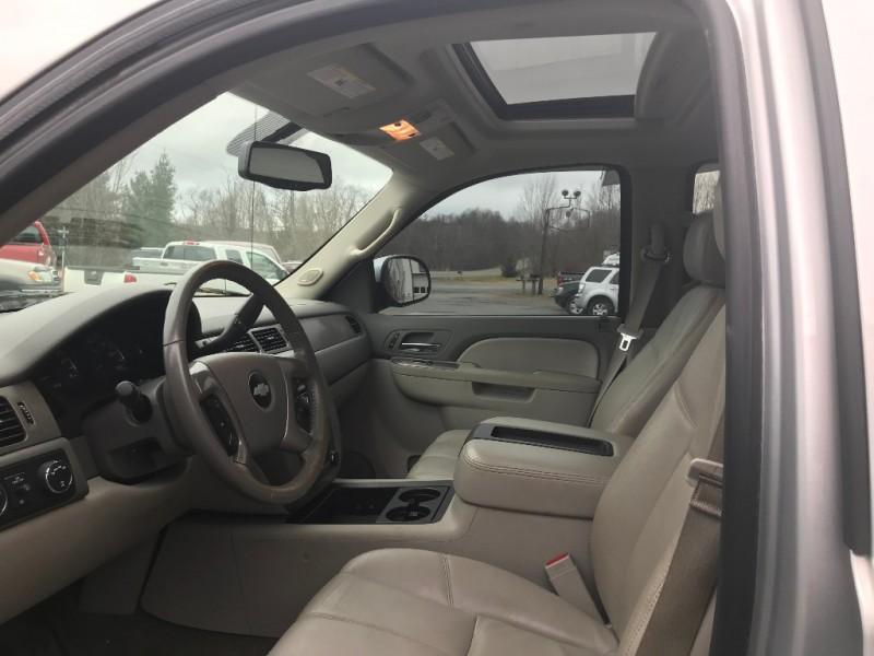 Chevrolet Avalanche 2013 price $20,750