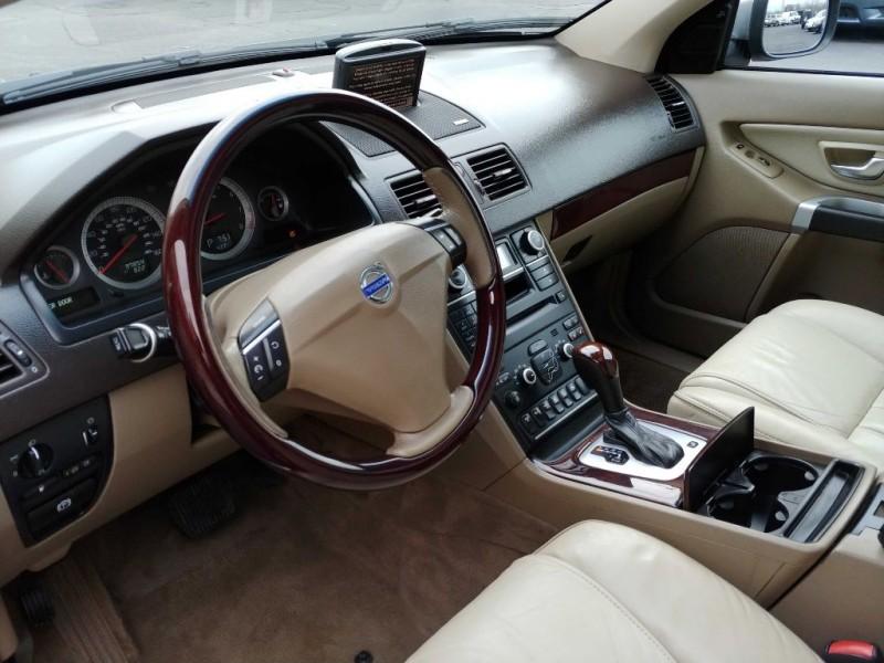VOLVO XC90 2013 price $13,945